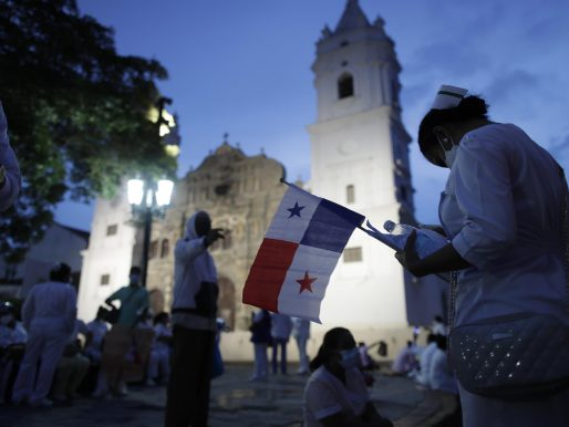 Enfermeras protestaron en Panamá contra incumplimiento de promesas salariales