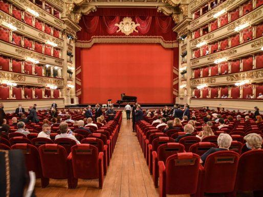 Las óperas del mundo reabren al fin para celebrar su gran día