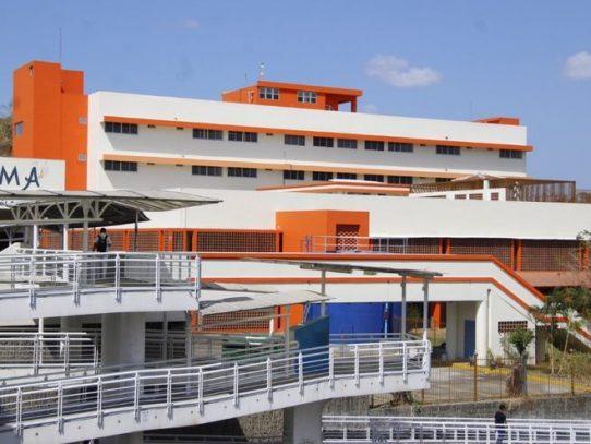 Autoridades de salud presentan propuesta a gremios médicos