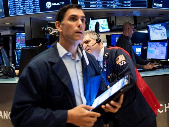 Wall Street abrió mixto y el Dow Jones bajó un 0,44 % tras el dato de inflación