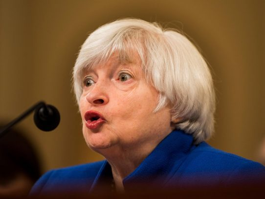 """Yellen considera que el """"trabajo"""" del Congreso es garantizar que EE.UU. pague sus cuentas"""