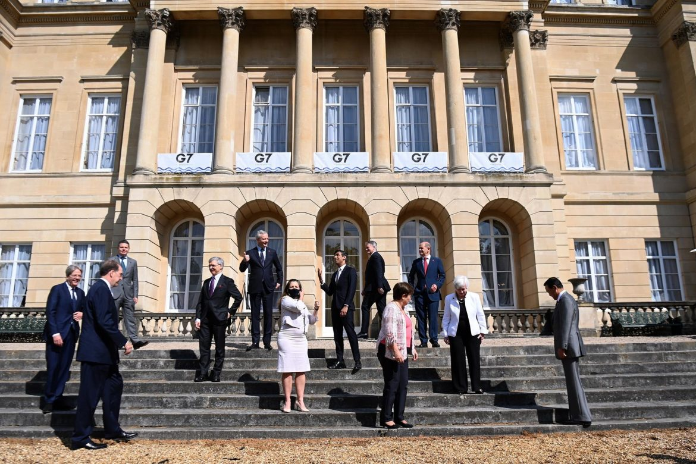 """Un informe del G7 alerta de """"retos sistémicos"""" en la economía global"""