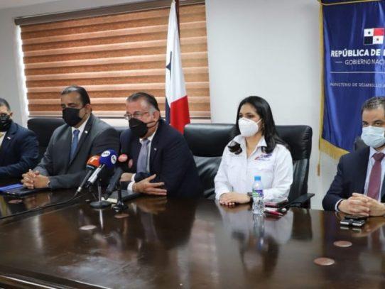 Nombran comisión de alto nivel para atender quejas de productores