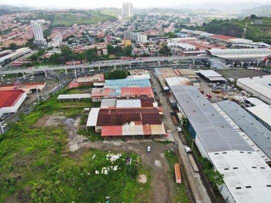 Saneamiento de Panamá inició trabajos de reparación de tubería en San Miguelito