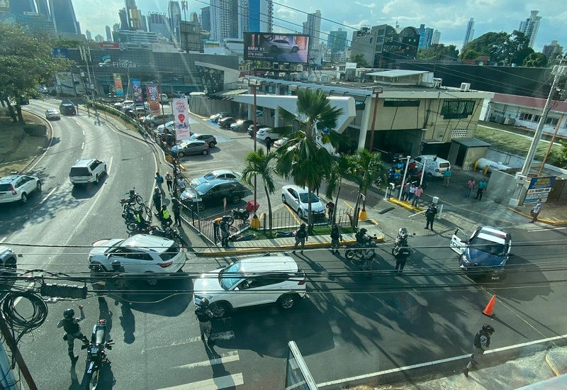 Cuatro detenidos en Calle 50 tras persecución policial