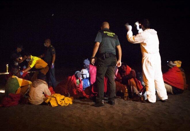 Los migrantes vuelven a la peligrosa ruta de Canarias