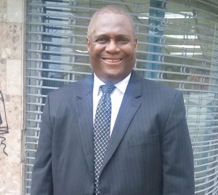 Fallece el abogado Carlos Jones por complicaciones de salud