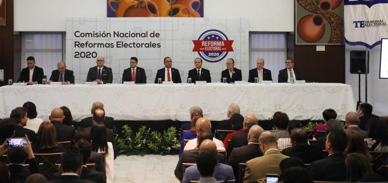 Instalan Comisión Nacional de Reformas Electorales