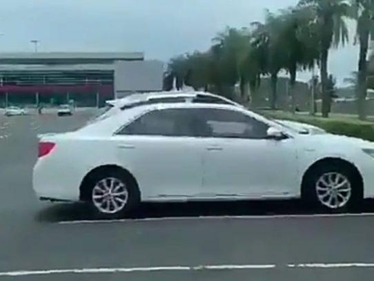 Jueza ordena reporte periódico para hombre captado hurtando en un vehículo