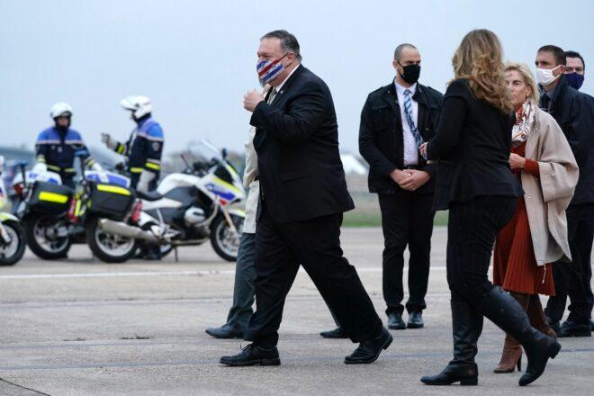 Macron recibe a Pompeo pero con la mirada puesta en Biden