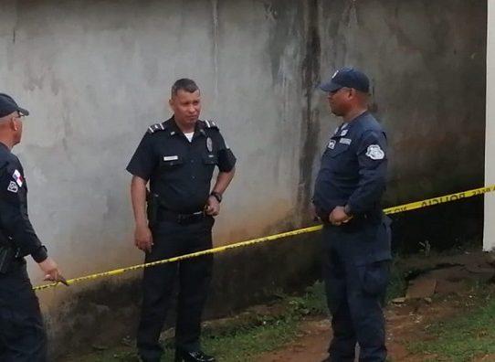 Hallan dos mujeres muertas en una residencia en Colón