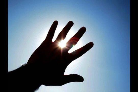 Sinaproc emite aviso de prevención por rayos solares muy altos y extremos