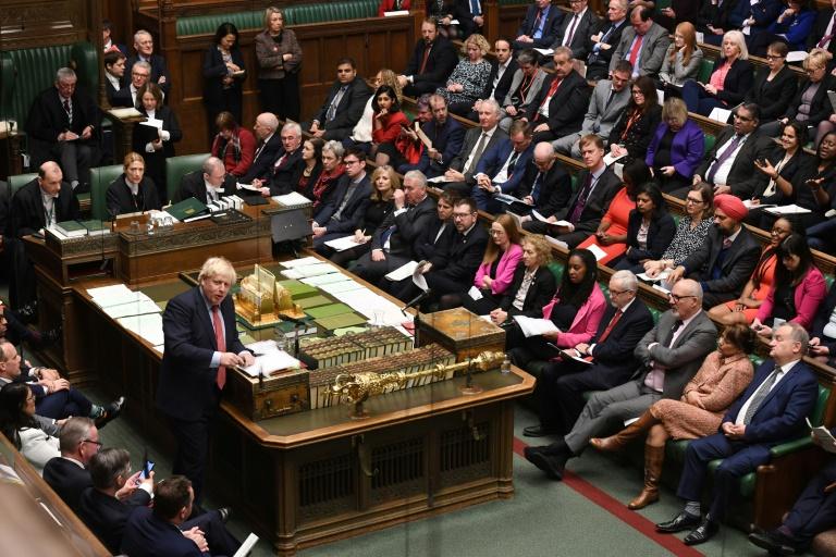 Parlamento británico aprueba definitivamente el acuerdo del Brexit