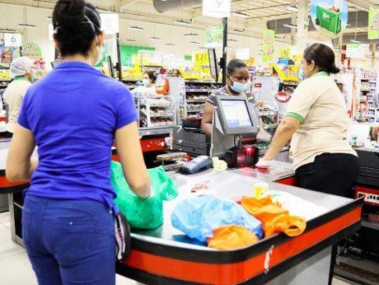 Al menos 37 mil mujeres canjearon los Vales Digitales para compras por $2.7 millones