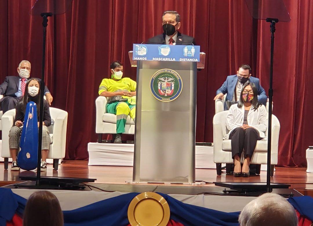 El Presidente se compromete aplicar resultados del Pacto  Bicentenario