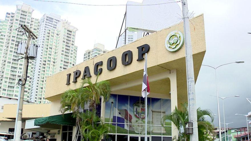 """Imputan cargos a siete personas por ocupar puestos """"botellas"""" en Ipacoop"""