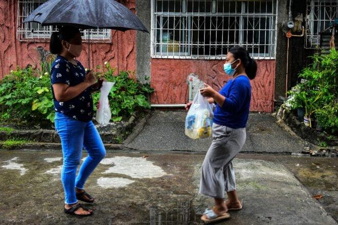 El trueque gana adeptos en Filipinas debido a la pobreza generada por la pandemia