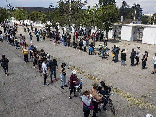 Cierran las mesas de votación del histórico plebiscito constitucional en Chile
