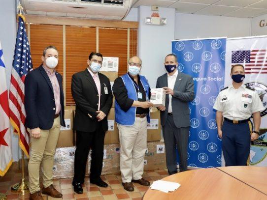 Embajada de Estados Unidos dona insumos quirúrgicos a la CSS