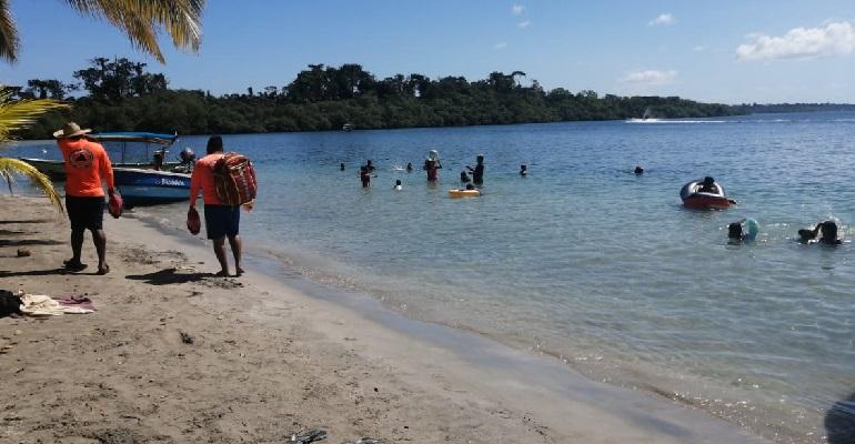 Reabren playas y balnearios: Minsa recuerda que el virus sigue circulando