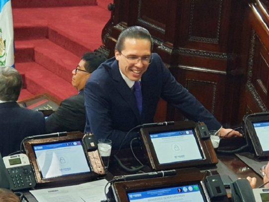 EE.UU. prohíbe el ingreso a influyente legislador de Guatemala por corrupción