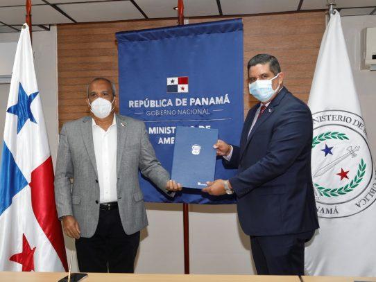 MiAmbiente y Minseg reforzarán acciones de control y vigilancia en áreas ambientales