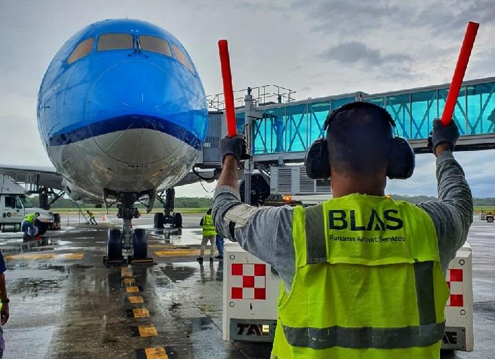 AAC confirma reanudación de vuelos  internacionales a partir del 12 de octubre