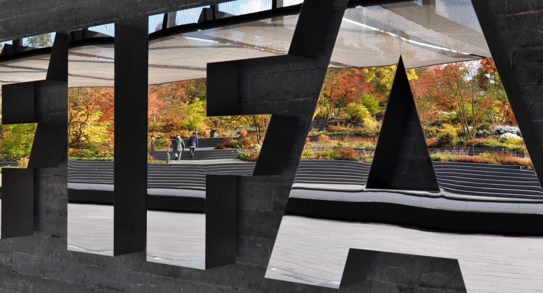 La FIFA inhabilita de por vida al presidente del Olimpia paraguayo