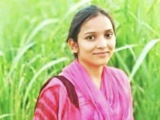 Ira en India tras violación en grupo y asesinato de joven de la casta dalit