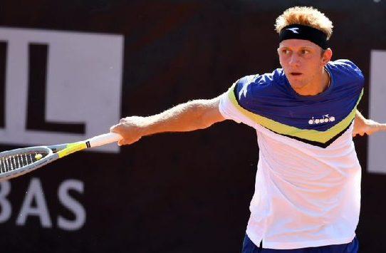 El español Davidovich pasa a segunda ronda en Colonia