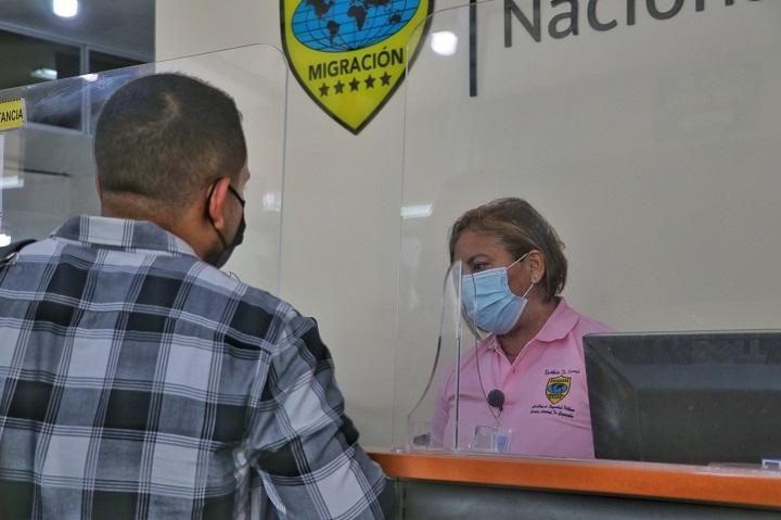 Extranjeros necesitarán un abogado para los trámites migratorios