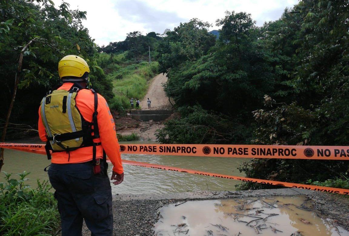 Sinaproc alerta sobre el paso de la Onda Tropical #12