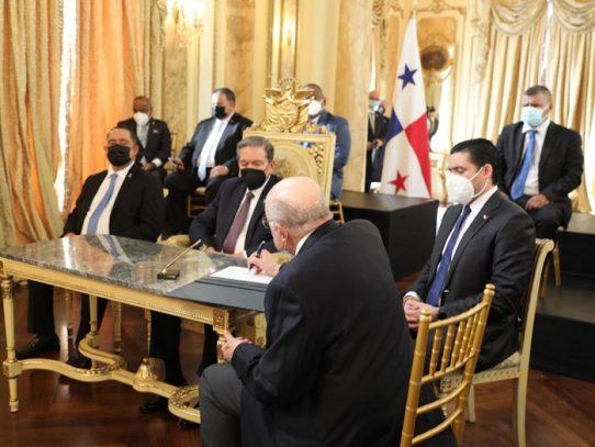 Gobierno pacta extensión de la moratoria hasta junio de 2021