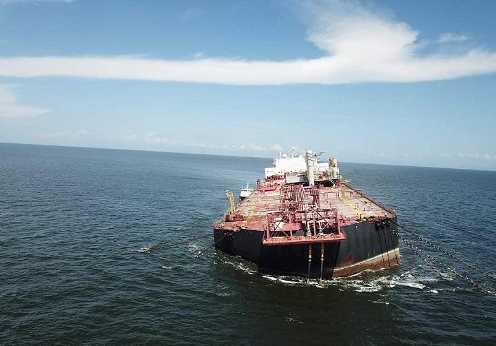"""Trinidad y Tobago asegura que petrolero de Venezuela está """"estable"""""""