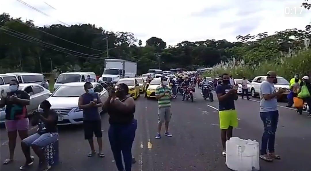 Protestas de jubilados, obreros y comunidades sin agua