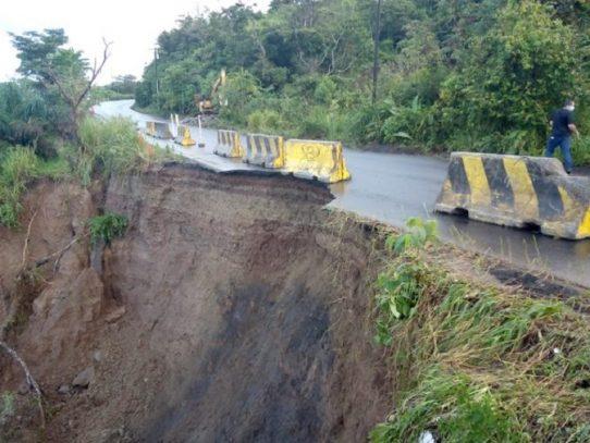 El MOP está vigilante por posibles afectaciones en las vías producto del mal tiempo
