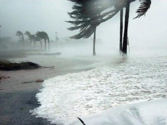 Huracán Iota devasta isla del Caribe colombiano y deja al menos un muerto