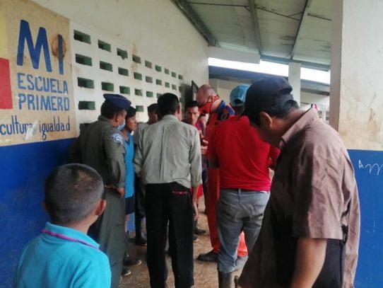 Meduca suspende clases a distancia en áreas afectadas por las lluvias