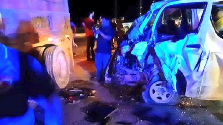 Al menos 13 lesionados tras accidente vehicular en Antón