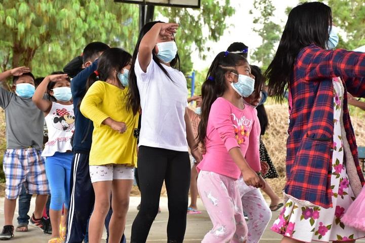 Ministerio de Desarrollo Social garantiza el bienestar de niños afectados por las inundaciones