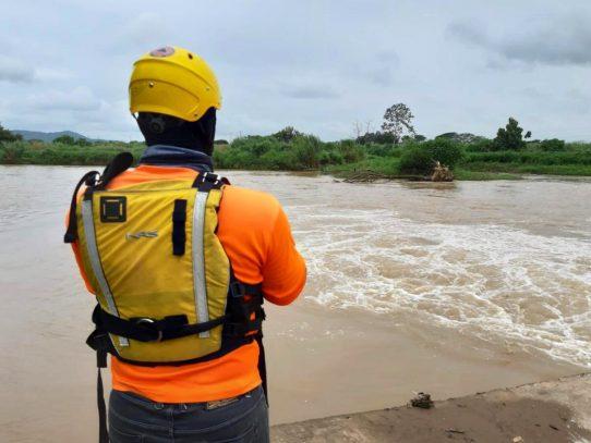 Sinaproc asegura que alertó sobre lluvias que causaron devastación en el país