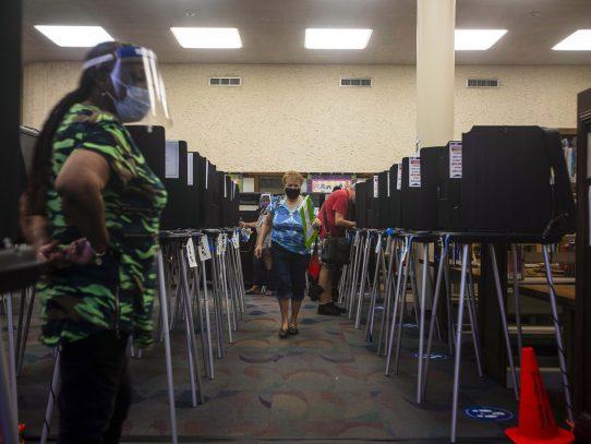 El desastroso historial de los recuentos electorales en Florida despierta dudas entre los votantes