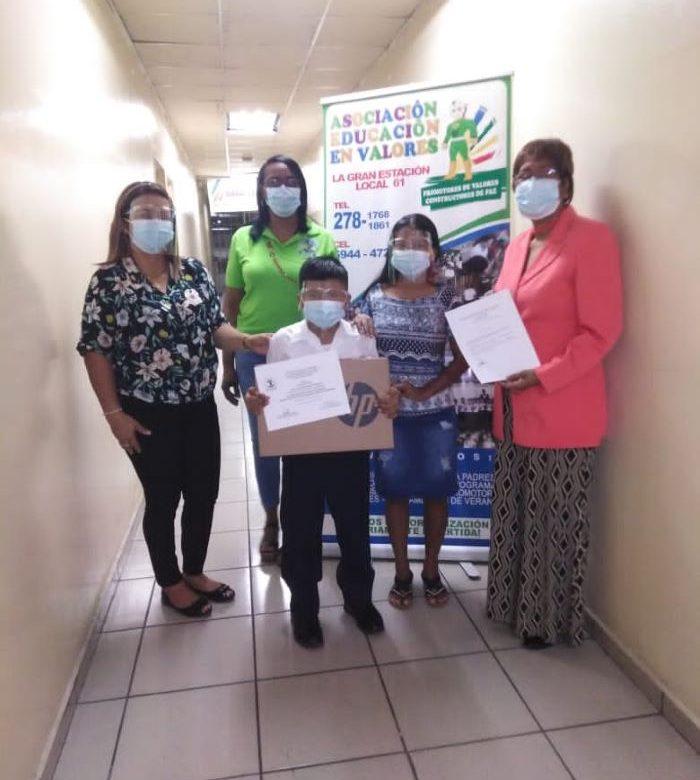 Estudiantes de escuelas primarias de San Miguelito disertaron sobre valores