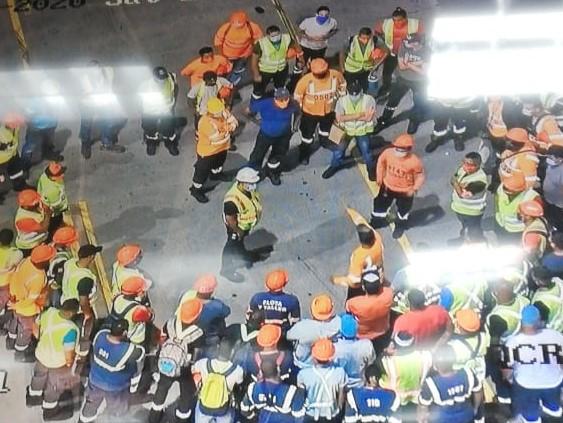 Trabajadores del puerto PSA paralizan operaciones por supuestos incumplimientos laborales