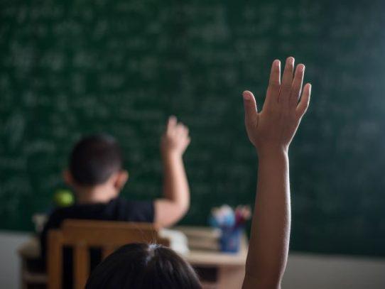 Cambios en la educación requiere del involucramiento de todos