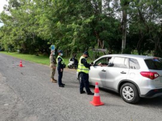 Treinta y siete vehículos fueron devueltos por sobrepasar la burbuja familiar