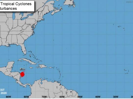 Huracán Eta alcanza la categoría 4 al acercarse a las costas de Nicaragua