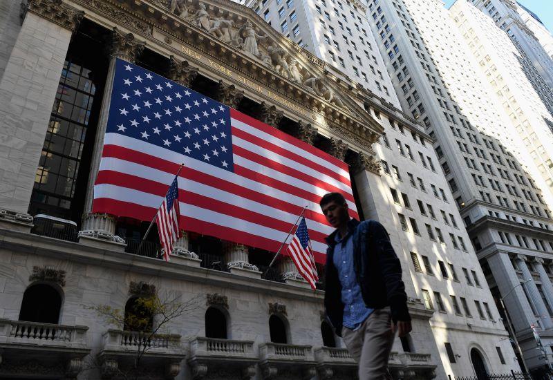 Wall Street terminó en rojo ante parálisis sobre nuevo plan de ayuda económica