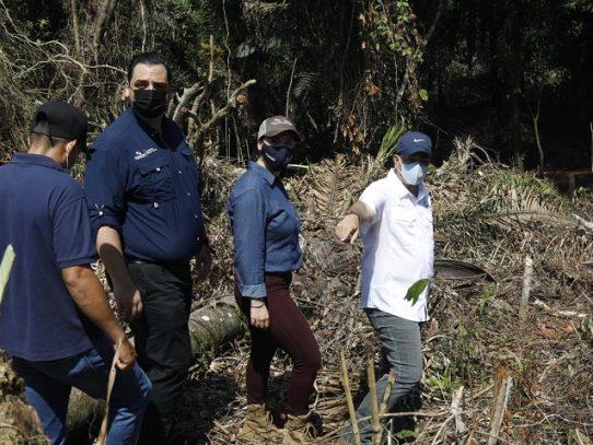 Autoridades hacen recorrido por asentamientos informales en Panamá Oeste