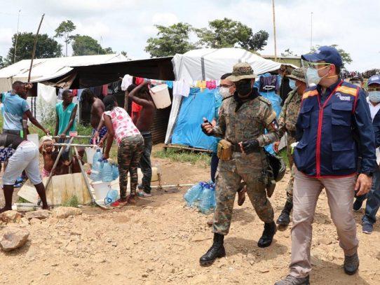 Defensor del Pueblo inspecciona refugios de migrantes en Darién